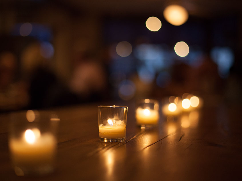 table with candles - bokeh